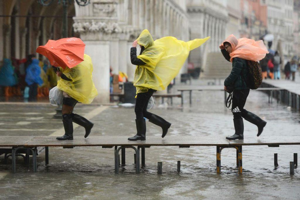 venezia, acqua alta, emergenza, Mose, scuole, clima, ambiente